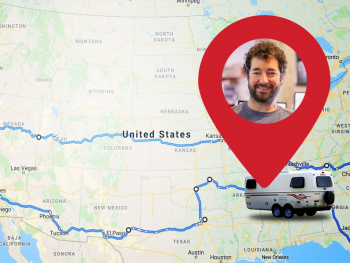 Map of the US and Elliott, digital nomad and Backblaze Senior Sysadmin