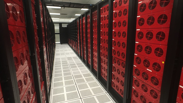 datacenter-cold-aisle-2